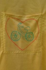 bicycle love pocket tee detail