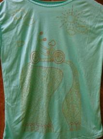 green bicycle shirt detail
